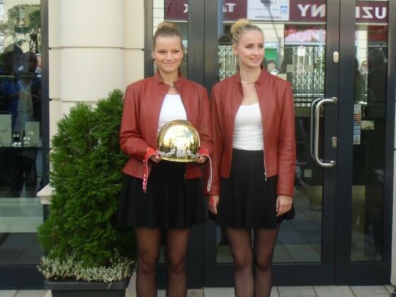 Was ist schöner ? lächeln oder Helm -Pardubice